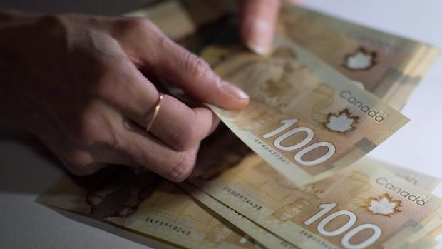 El 53% de los canadienses están al borde de la bancarrota: la encuesta de MNP