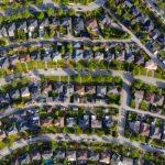 El precio medio de las viviendas canadienses ha aumentado un 38% año tras año, pero ha bajado desde marzo