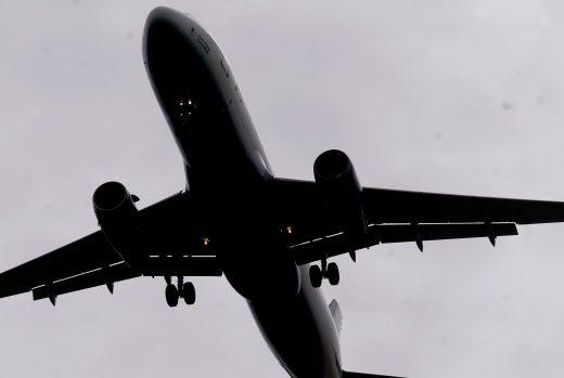 Los auxiliares de vuelo informan una alta frecuencia de pasajeros ruidosos