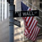 El Dow gana más de 250 puntos, o un 0,8%, para acabar con la racha perdedora de 5 sesiones consecutivas